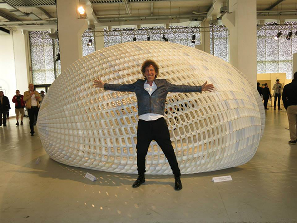 Project EGG by Michiel van der Kley made of 4,670 3d printed stones, Ventura Lambrate 2014.