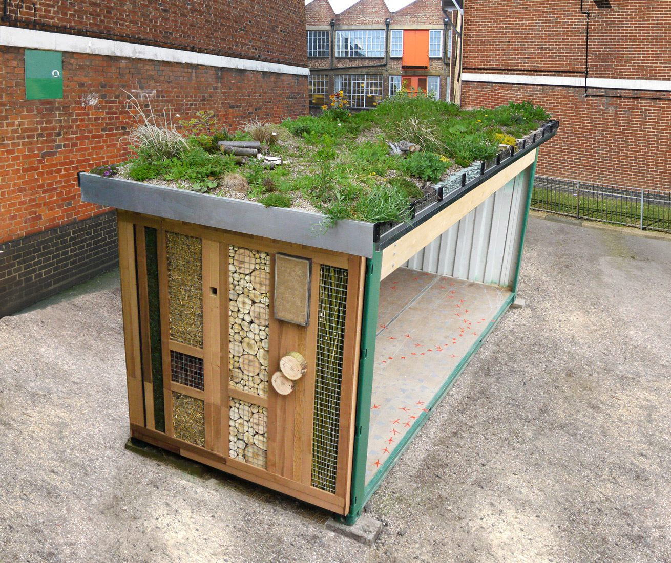 Duncan Kramer – Green Roof Shelter, Green Roof Shelters Ltd. www.greenroofshelters.co.uk